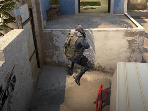 Insane CS:GO Bug Allows Players to Float in Mid-Air Anywhere on The Map 9